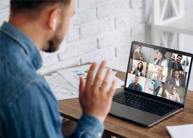 Aulas por videoconferência
